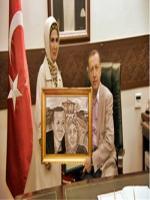 tayyip erdoğan karakalem portresi,hediye amaçlı çizildi,cumhurbaşkanı recep tayyip erdoğan resimleri,portresi, png,foto,başbakan png,cumhurbaşkanı png,r.tayyip erdoğan,cumhurbaşkanlığındaki fotoğrafları,gençlik,çizilmiş,resimler,