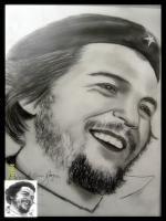 Che Guevara Portresi daha koyu tonda fotosunu çektiğim örnektir che nin çizimlerinde en başarılı sanatçı armin merssamandır çok sabırlı bir karakalem usatası ve ressamıdır tam kalem ustasıdır.