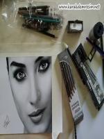 karakalem cizim aşamaları kullanılan malzemeler hakkında bilgileri blogumda bulabilirsiniz.Karakalem ünlü sanatçıların çizim aşamaları,kalemler,dereceleri,kağıt grubu,silgi,kömür,en iyi çizim yapan ünlü türk ressamları hakkında bilgileri blogumda bulabili